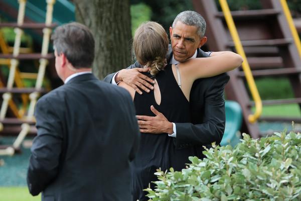 Barack+Obama+Obama+Departs+White+En+Route+2q9aA6VdnXol