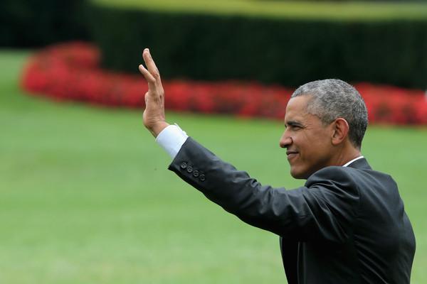 Barack+Obama+Obama+Departs+White+En+Route+KjfUvozjYgfl