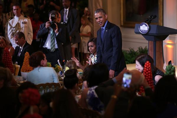 Barack+Obama+President+Obama+Visits+First+H9Jzb-K3fRMl
