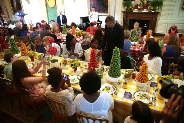 Barack+Obama+President+Obama+Visits+First+QJnv0L5W1J0l