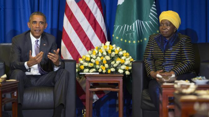 U.S. President Barack Obama, left, speaks during a bilateral meeting with African Union Commission chairperson, Dr. Nkosazana Dlamini Zuma at the African Union, Tuesday, July 28, 2015, in Addis Ababa, Ethiopia. On the final day of his African trip, Obama is focusing on economic opportunities and African security. (AP Photo/Evan Vucci)