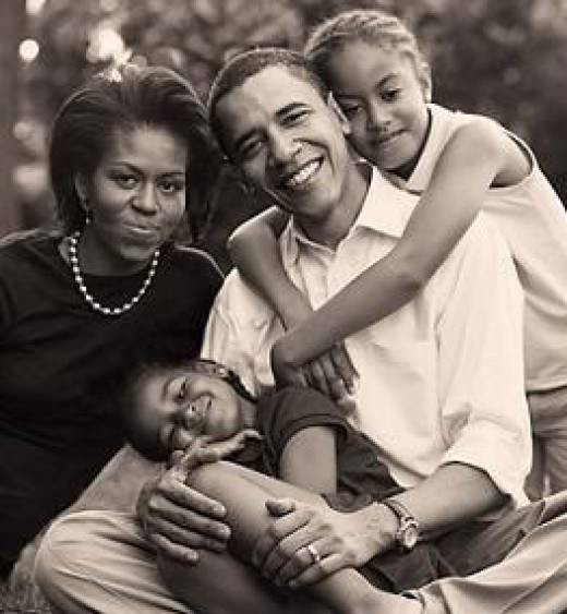 obama-michelle-and-his-young-kids