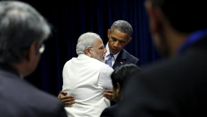 U.S. President Barack Obama and India's Prime Minister Narendra Modi embrace at the end of their meeting at the United Nations General Assembly in New York September 28, 2015. REUTERS/Kevin Lamarque
