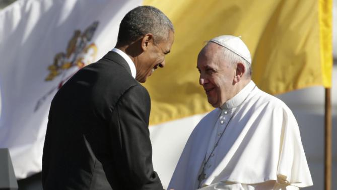 President Barack Obama shakes hands with Pope Francis after this welcoming speech during the state arrival ceremony on the South Lawn of the White House in Washington, Wednesday, Sept. 23, 2015. (AP Photo/Pablo Martinez Monsivais)