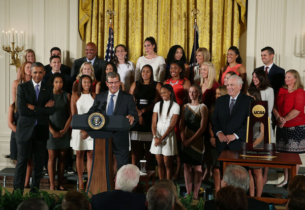 Barack+Obama+President+Obama+Hosts+NCAA+Women+oAPr4_0AHB2l