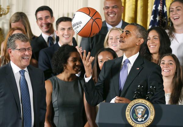 Barack+Obama+President+Obama+Hosts+NCAA+Women+pzvtJPtOEM7l