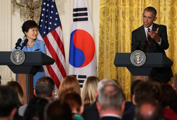 Barack+Obama+Obama+Meets+President+Park+South+66wAxirAzXnl