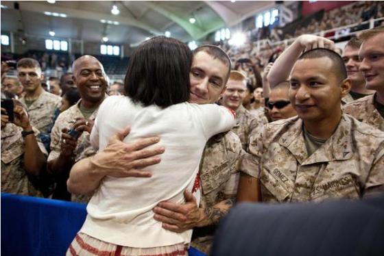 michelle-obama-hug-military