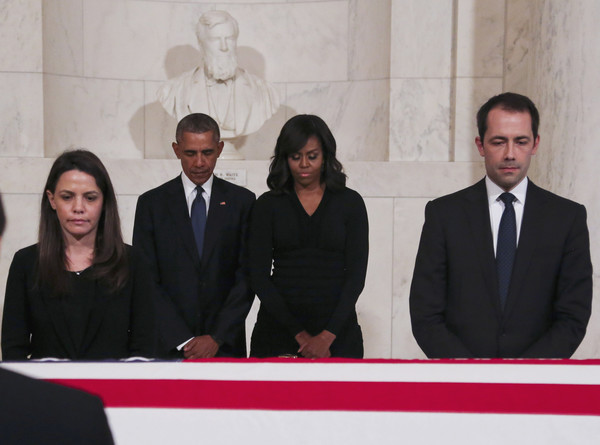 Barack+Obama+Antonin+Scalia+Body+Lies+Repose+RMM1vws0IHdl