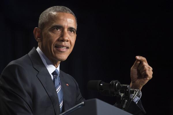 Barack+Obama+President+Obama+Attends+National+sOKiooTngfYl