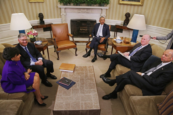 Barack+Obama+President+Obama+Meets+Tom+Donilon+jQOXxWuJuGjl