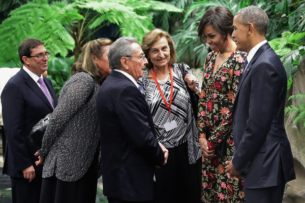 Barack+Obama+Cuban+Leader+Raul+Castro+Hosts+FwSeUogihAzl
