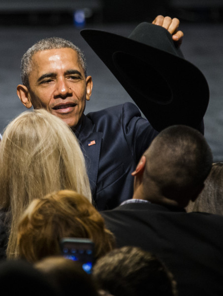 Barack+Obama+Obama+Attends+DNC+Fundraiser+2CPtWVSjQrVl