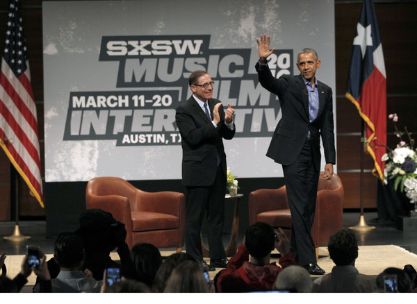 Barack+Obama+President+Obama+Attends+Panel+aVQRxdx5y-ql