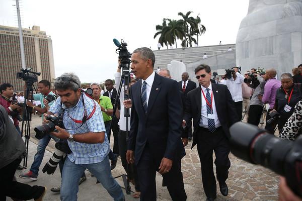 Barack+Obama+President+Obama+Lays+Wreath+Jose+_wssxK79B9sl