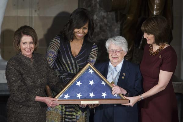 Michelle+Obama+Michelle+Obama+Jill+Biden+Attend+GAlexDn0fs4l