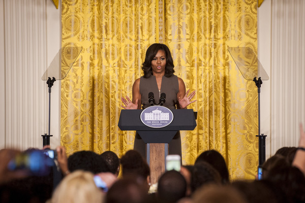Michelle+Obama+Michell+Obama+Hosts+Leading+vLE01tZORmPl
