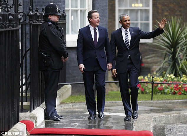 3370745800000578-3553946-Mr_Obama_waved_to_waiting_press_outside_Downing_Street-a-40_1461334850407