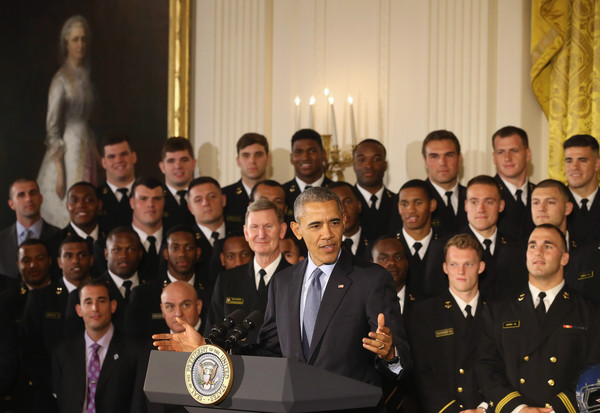 Barack+Obama+Obama+Hosts+Naval+Academy+Football+Kh3ilbquG8al