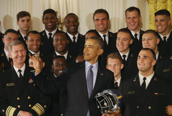 Barack+Obama+Obama+Hosts+Naval+Academy+Football+MGhE0GuUoAql