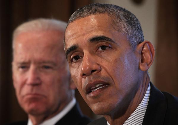 Joe+Biden+President+Obama+Meets+Combatant+yd46493zpiIl