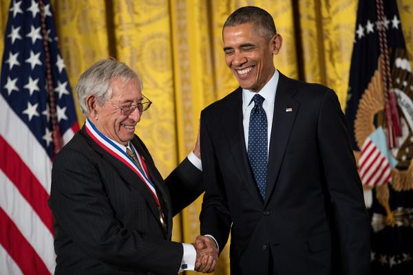 Barack+Obama+President+Obama+Awards+National+1ybYRG-G7Fzl