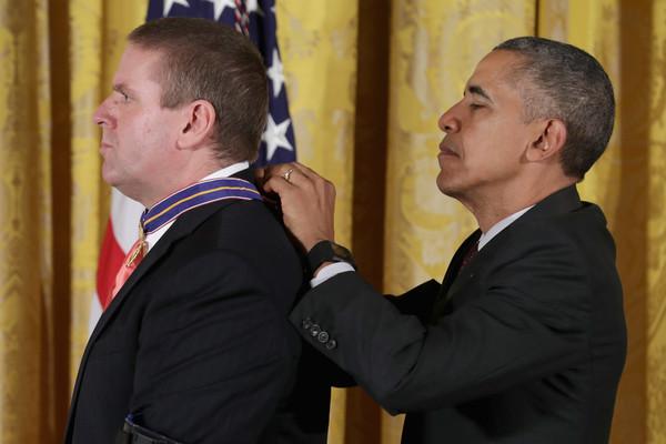 Barack+Obama+President+Obama+Awards+Presidential+ugFD624cHxsl