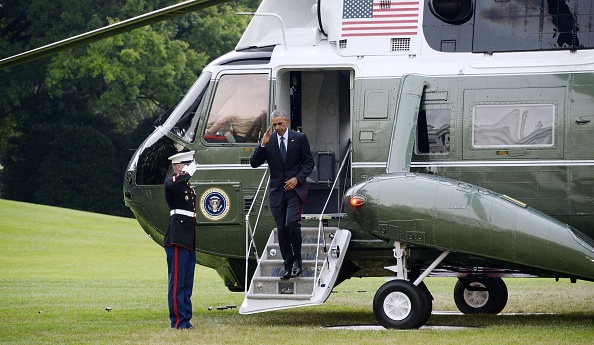 WASHINGTON, DC - JUNE 16: U.S. President Barack Obama steps off of Marine 1 on his way back to the residence of the White House June 16, 2016 in Washington, DC. The president traveled to Orlando, Florida to pay respects to the victims of Sunday's nightclub mass shooting and to stand in solidarity with the community. (Photo by Olivier Douliery-Pool/Getty Images)