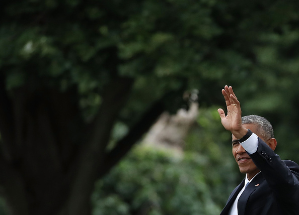 WASHINGTON, DC - JUNE 23: US President Barack Obama waves as he walks toward Marine One while departing from the South Lawn of the White House, June 23, in Washington, DC. President Obama is traveling to San Jose, California to attend the Global Entrepreneurship Summit on Friday. (Photo by Mark Wilson/Getty Images)