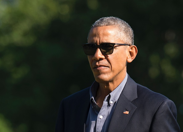 US President Barack Obama walks across the South Lawn of the White House after returning form a trip to Seattle, Wasahington, June 25, 2016, in Washington, DC. / AFP / MOLLY RILEY (Photo credit should read MOLLY RILEY/AFP/Getty Images)