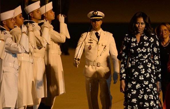 US first lady Michelle Obama is welcomed at the Marrakech International Airport, on June 28, 2016. / AFP / FADEL SENNA (Photo credit should read FADEL SENNA/AFP/Getty Images)