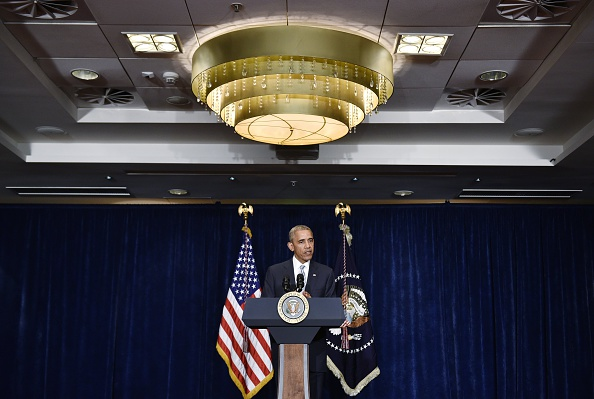 US President Barack Obama speaks on the recent shootings in the US, at a hotel in Warsaw, on July 8, 2016. / AFP / MANDEL NGAN (Photo credit should read MANDEL NGAN/AFP/Getty Images)