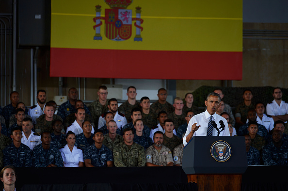 ROTA, SPAIN - JULY 10: U.S. President Barack Obama speaks as he visits Rota naval base on July 10, 2016 in Rota, Spain. President Obama arrived yesterday from the NATO summit in Warsaw and has reportedly had to shorten his first official visit to Spain after the Dallas shootings which killed five policemen. (Photo by Niccolo Guasti/Getty Images)