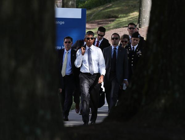 Barack+Obama+President+Obama+Arrives+Walter+ZAv7KDNpTeXl