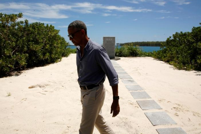 U.S. President Barack Obama departs after paying his respects at a memorial to the Battle of Midway monument during a visit to the Papahanaumokuakea Marine National Monument, Midway Atoll, U.S., September 1, 2016. REUTERS/Jonathan Ernst